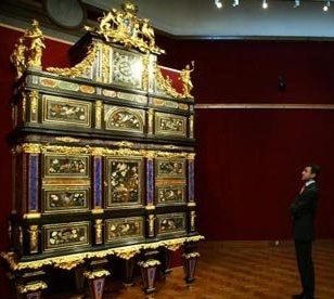 1732 Florintine Cabinet Sets World Record Price Of $36 Million