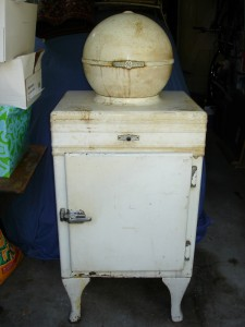 1930 S Globe Top Refrigerator Greatest Collectibles