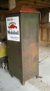 Gargoyle Mobil Oil 1920 S Gas Station Oil Can Cabinet