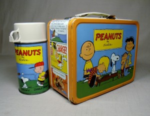 Vintage 1959 Peanuts Snoopy and Gang lunchbox with thermos Schultz