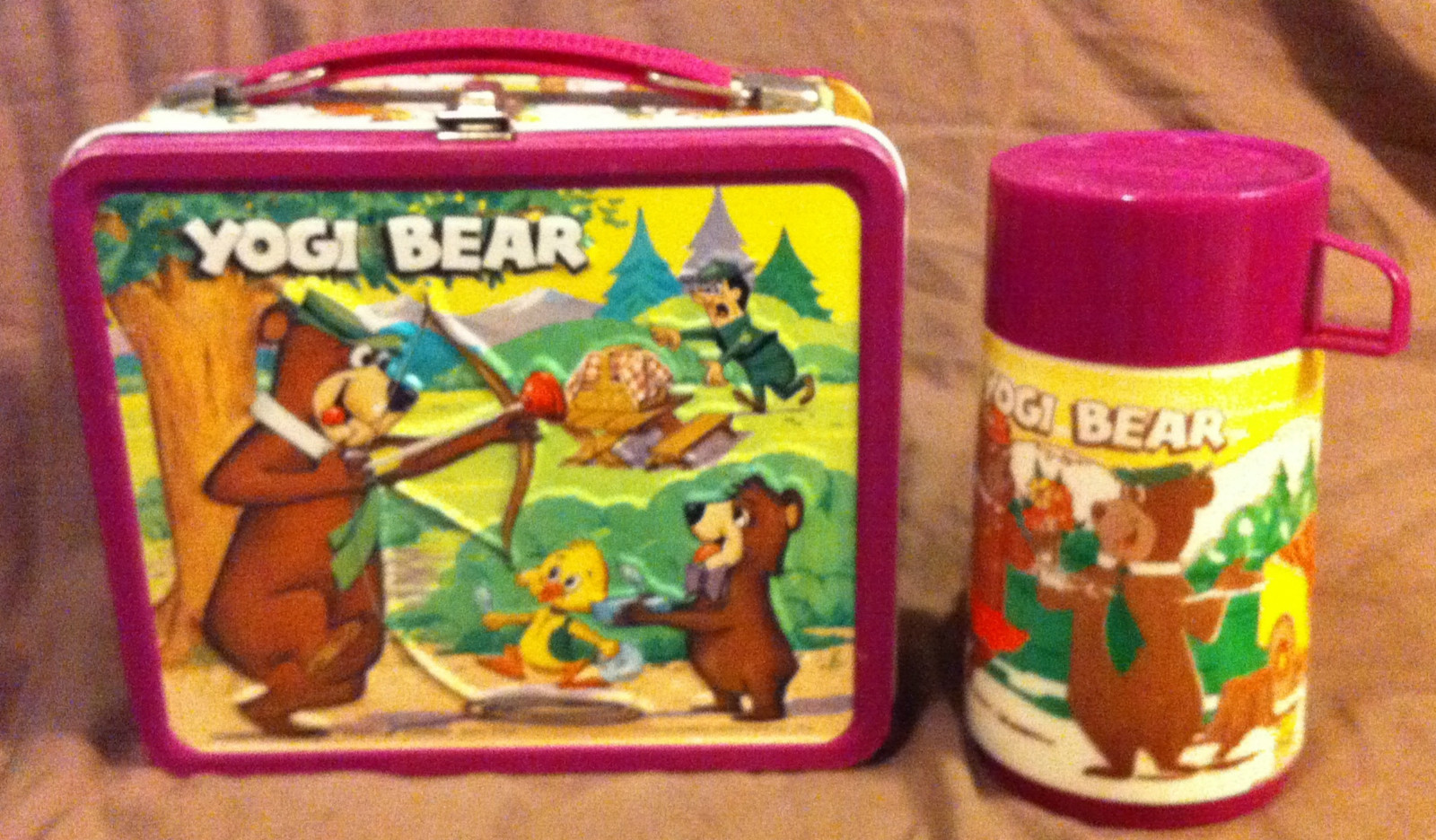 Item: Excellent Original C9 1974 Yogi Bear Lunchbox With Thermos