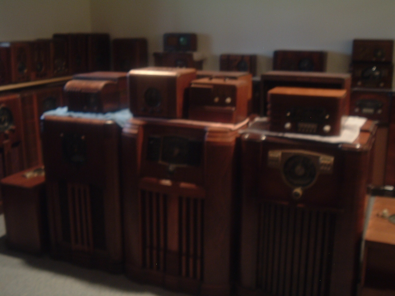 Amazing Museum Quality Antique Zenith Radio Collection