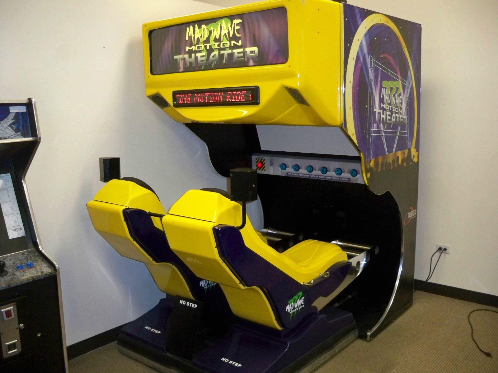 Madwave Motion Arcade Game Manual Arcade, Jukeboxes & Pinball