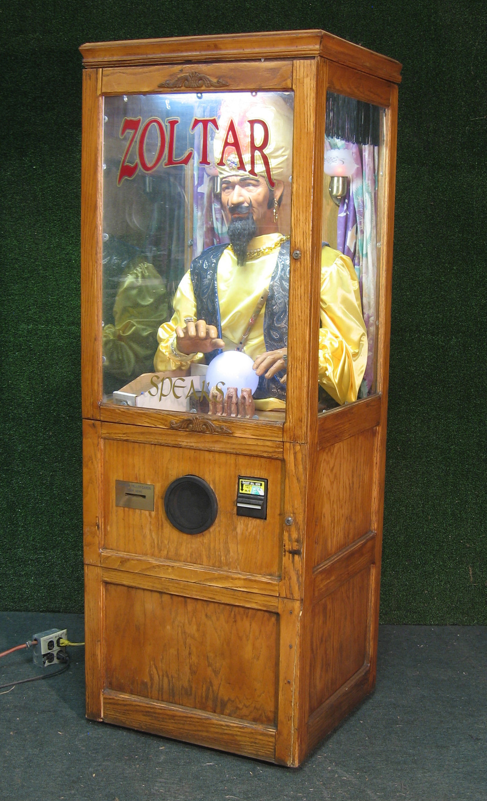 Zoltar Coin Operated Fortune Teller Dollar A Play ... Crystal Ball Fortune Teller