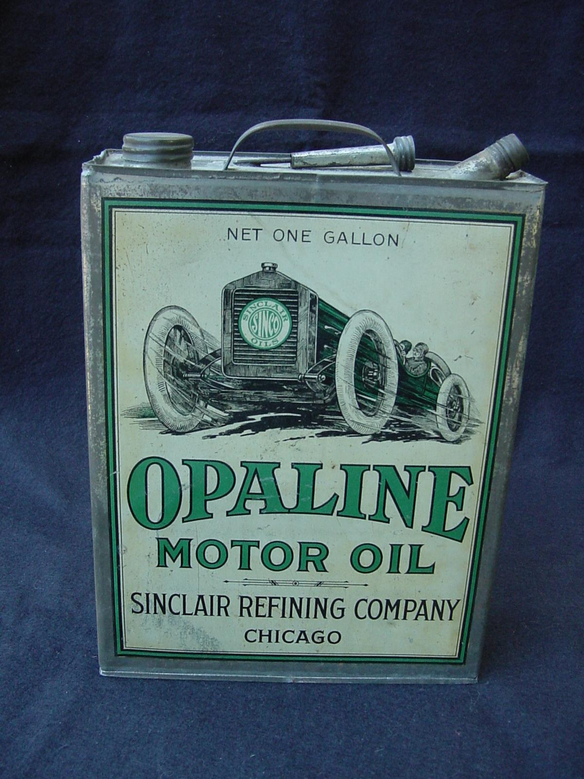Old internal combustion engine car old free engine image for Motor oil for older cars
