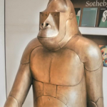 Gorille de sûreté II by François-Xavier Lalanne
