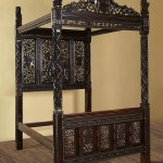 £2,200  Henry VII's Four-Poster Bed Dumped in a Hotel Car Park and Could be worth £20 Million